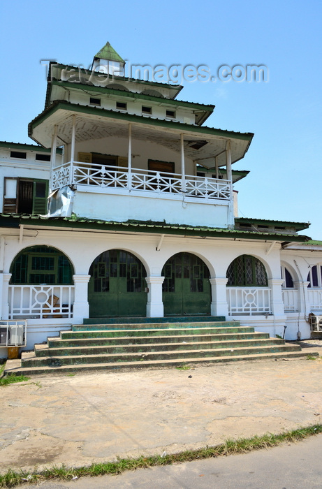 cameroon75: Cameroon, Douala: the Pagoda, Palace of the Kings Bell, built by the Germans in 1905 for King Auguste Manga Ndumbe - Government square, in the administrative quarter, Bonanjo - photo by M.Torres - (c) Travel-Images.com - Stock Photography agency - Image Bank