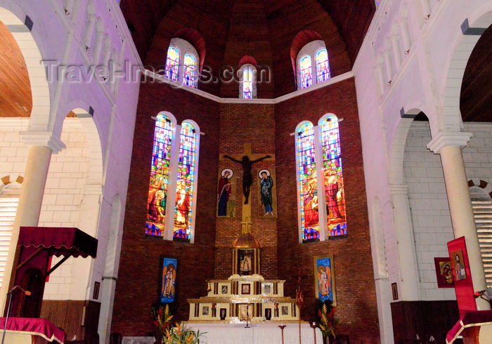 cameroon86: Cameroon, Douala: Catholic Cathedral of St Peter and St Paul of Bonadibong - main altar - cathedrale St Pierre et St Paul - photo by M.Torres - (c) Travel-Images.com - Stock Photography agency - Image Bank