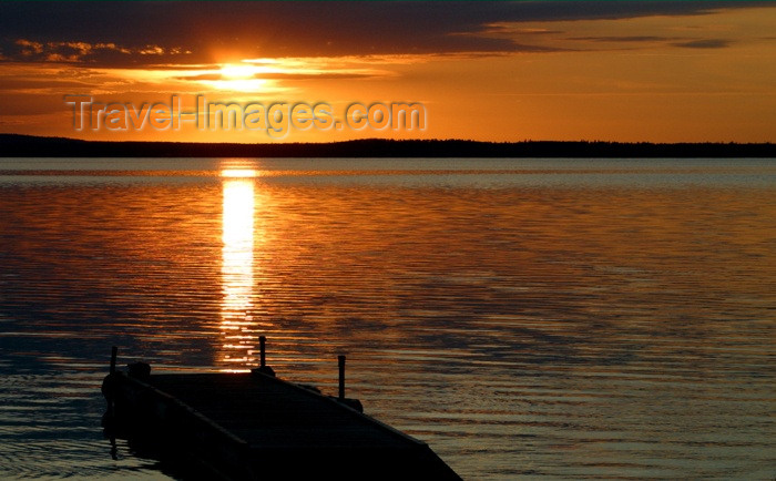 canada111: Canada / Kanada - Saskatchewan: cloudy sunrise - photo by M.Duffy - (c) Travel-Images.com - Stock Photography agency - Image Bank