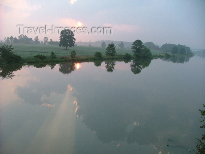 canada127: Pelham / Fenwick, Ontario, Canada / Kanada: country river in Niagara region - reflection - photo by R.Grove - (c) Travel-Images.com - Stock Photography agency - Image Bank