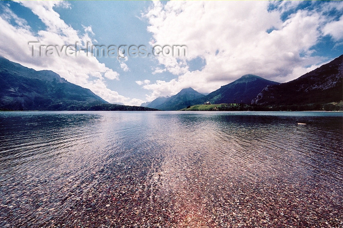 canada208: Canada / Kanada - Waterton Lakes National Park - Waterton-Glacier International Peace Park, Alberta: Waterton lake - Unesco World Heritage site - photo by M.Torres - (c) Travel-Images.com - Stock Photography agency - Image Bank