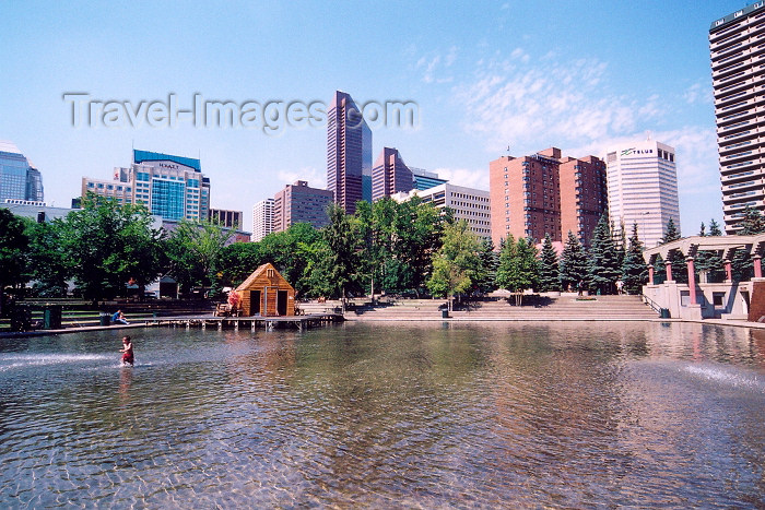 canada261: Canada / Kanada - Calgary (Alberta): pond on Olympic square (photo by M.Torres) - (c) Travel-Images.com - Stock Photography agency - Image Bank