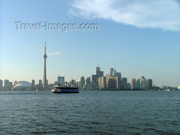 canada270: Toronto, Ontario, Canada / Kanada: skyline and Toronto Islands ferry in the Inner Harbour - day - photo by R.Grove - (c) Travel-Images.com - Stock Photography agency - Image Bank