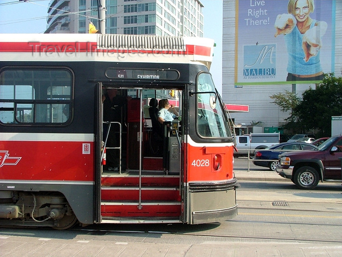 canada277: Toronto, Ontario, Canada / Kanada: the tram to CNE - Canadian National Exhibition - streetcar - photo by R.Grove - (c) Travel-Images.com - Stock Photography agency - Image Bank