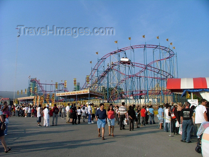 canada278: Toronto, Ontario, Canada / Kanada: roller coaster - Canadian National Exhibition - the Ex - photo by R.Grove - (c) Travel-Images.com - Stock Photography agency - Image Bank