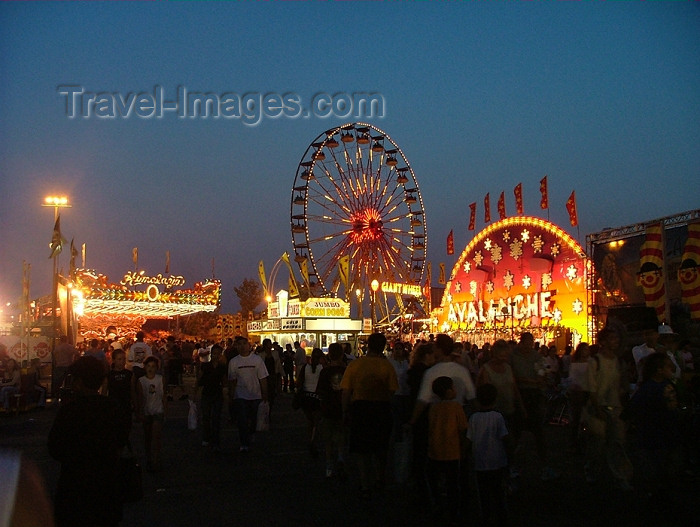 canada281: Toronto, Ontario, Canada / Kanada: Ferris wheel - Canadian National Exhibition - photo by R.Grove - (c) Travel-Images.com - Stock Photography agency - Image Bank