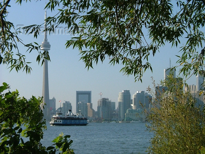 canada287: Toronto, Ontario, Canada / Kanada: skyline from Centre Island - photo by R.Grove - (c) Travel-Images.com - Stock Photography agency - Image Bank