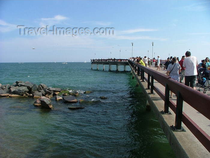 canada299: Toronto, Ontario, Canada / Kanada: promenade over the water - Centre Island - photo by R.Grove - (c) Travel-Images.com - Stock Photography agency - Image Bank