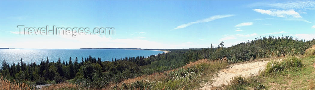 canada310: Gulf of St. Lawrence (Quebec): forest along the north coast / / Golfe du Saint-Laurent - Côte Nord - photo by B.Cloutier - (c) Travel-Images.com - Stock Photography agency - Image Bank