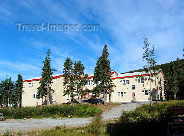 canada328: Canada / Kanada - Nain (Labrador): up-hill - housing estate - photo by B.Cloutier - (c) Travel-Images.com - Stock Photography agency - Image Bank