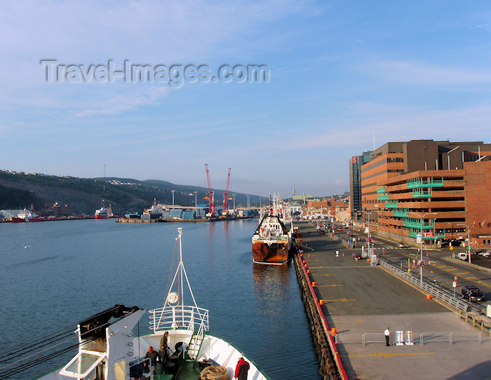 canada344: Canada / Kanada - St-John's, Newfoundland: on the docks - photo by B.Cloutier - (c) Travel-Images.com - Stock Photography agency - Image Bank