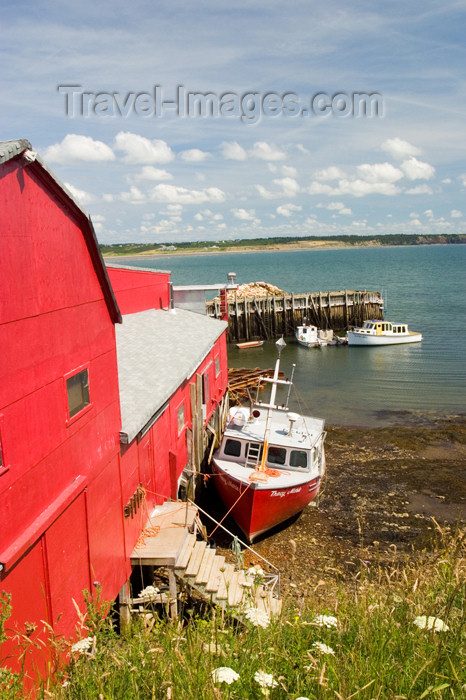 canada357: Scenic view of Mavilette harbour in western Nova Scotia, Canada - photo by D.Smith - (c) Travel-Images.com - Stock Photography agency - Image Bank
