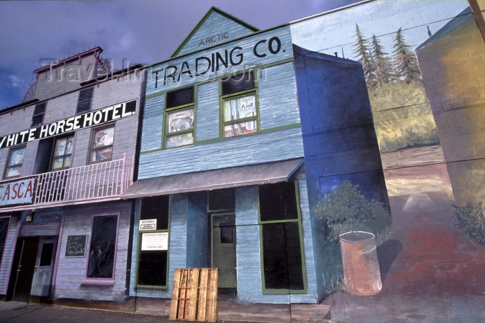 canada36: Canada / Kanada - Whitehorse, Yukon: shops and trompe l'oeil - wooden houses - photo by F.Rigaud - (c) Travel-Images.com - Stock Photography agency - Image Bank
