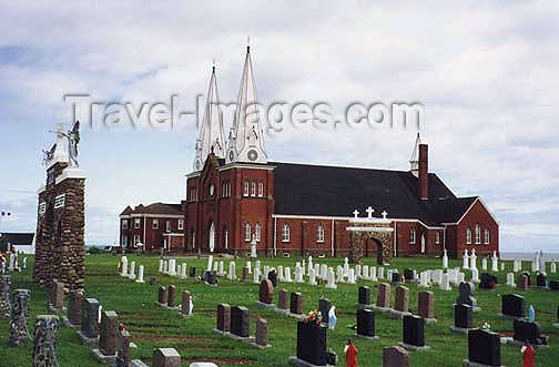 canada375: Canada / Kanada - Le Village Pionnier Acadien / Acadian Pioneer Village (Prince Edward Island): church and cemetery - photo by G.Frysinger - (c) Travel-Images.com - Stock Photography agency - Image Bank