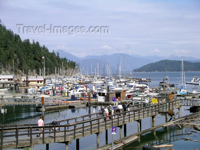 canada386: Canada / Kanada - West Vancouver (BC): horseshoe bay - photo by Rick Wallace - (c) Travel-Images.com - Stock Photography agency - Image Bank