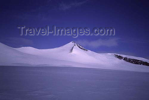 canada389: Canada - Ellesmere Island (Nunavut): Barbeau Peak - highest mountain on the island - photo by E.Philips - (c) Travel-Images.com - Stock Photography agency - Image Bank