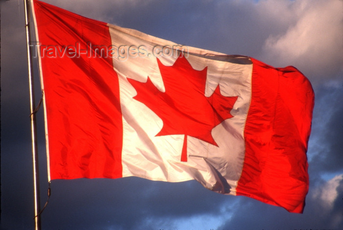 canada395: Canada / Kanada - BC: Canadian flag - photo by G.Friedman - (c) Travel-Images.com - Stock Photography agency - Image Bank