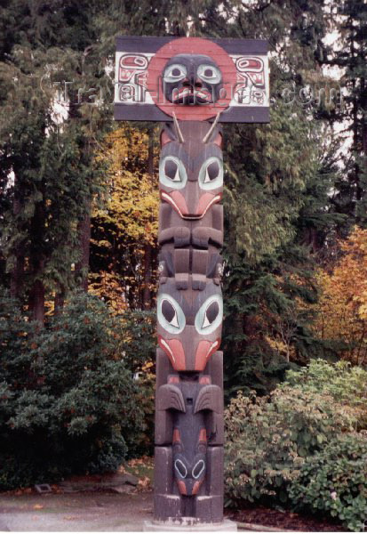 canada4: Canada / Kanada - Vancouver: Nootka Totem - Stanley park - photo by M.Torres - (c) Travel-Images.com - Stock Photography agency - Image Bank