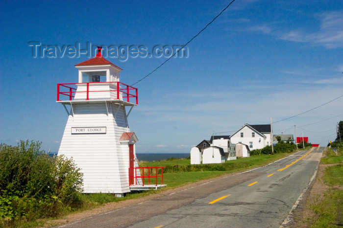 canada403: Lighthouse on the Bay of Fundy in Margaretsville, Nova Scotia, Canada - photo by D.Smith - (c) Travel-Images.com - Stock Photography agency - Image Bank