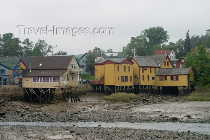 canada427: Scenic view of the buildings on pilings at low tide in Smiths Cove, Nova Scotia, Canada - photo by D.Smith - (c) Travel-Images.com - Stock Photography agency - Image Bank