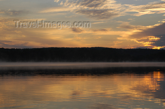 canada461: Canada / Kanada - Restoule Lake, Ontario: sunrise - photo by C.McEachern - (c) Travel-Images.com - Stock Photography agency - Image Bank