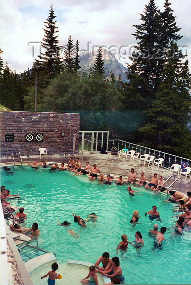 canada48: Canada / Kanada - Banff National Park (Alberta): Hot Springs - photo by G.Frysinger - (c) Travel-Images.com - Stock Photography agency - Image Bank