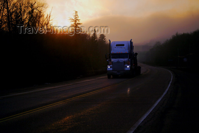 canada482: Canada - Ontario - Lake Superior: truck on Trans-Canada Highway - photo by R.Grove - (c) Travel-Images.com - Stock Photography agency - Image Bank