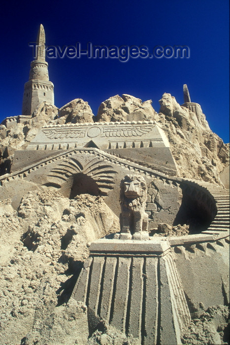 Parksville (BC) Canada  city images : canada5 Parksville, BC, Canada: sand castle sand building ...