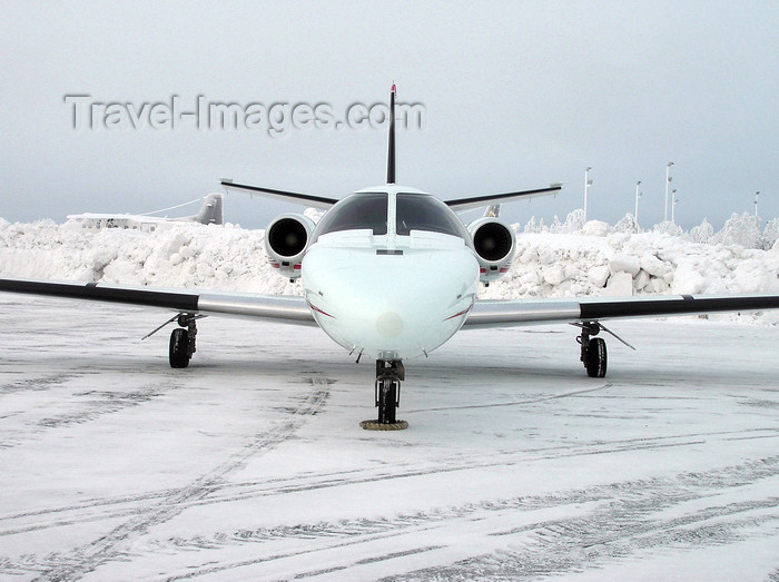 canada520: Northwest Territories, Canada:  Cessna 550 Citation II in a frozen airfield - Transport Canada C-FKCE - (cn 550-0686) - photo by Air West Coast - (c) Travel-Images.com - Stock Photography agency - Image Bank