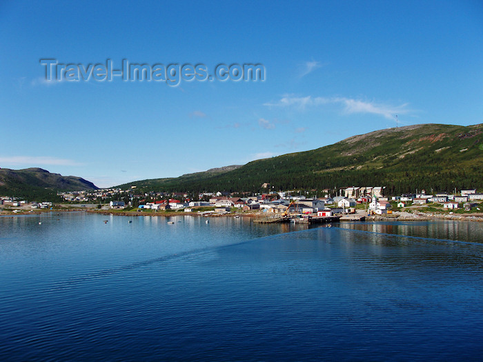 canada534: Canada / Kanada - Nain (Labrador): waterfront - Unity Bay - Labrador sea - photo by B.Cloutier - (c) Travel-Images.com - Stock Photography agency - Image Bank