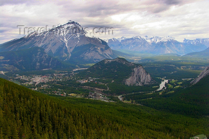 canada540: Banff , Alberta, Canada: view from Sulphur mountain - photo by J.Cave - (c) Travel-Images.com - Stock Photography agency - Image Bank