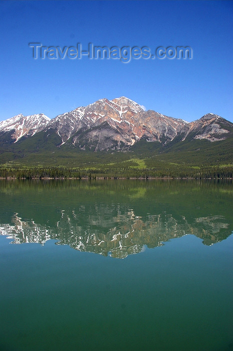 canada545: Jasper, Alberta, Canada: Pyramid Lake - reflection - photo by J.Cave - (c) Travel-Images.com - Stock Photography agency - Image Bank
