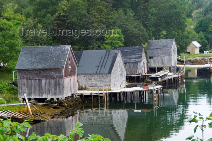 Canada55: Old Wooden House On Stilts At Low Tide Near Peggyu0027s Cove, Nova  Scotia