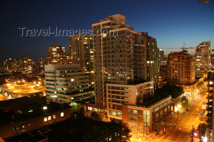canada554: Vancouver, BC, Canada: Robson Street at night - photo by J.Cave - (c) Travel-Images.com - Stock Photography agency - Image Bank