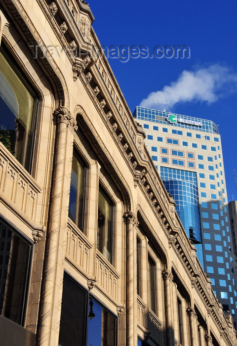 canada56: Winnipeg, Manitoba, Canada: Curry Building - Portage Avenue / Route 85 - architect John D. Atchison - developed by City Comptroller Duncan Steele Curry - neo-Gothic façade in terracotta - TD Centre in the background - photo by M.Torres - (c) Travel-Images.com - Stock Photography agency - Image Bank