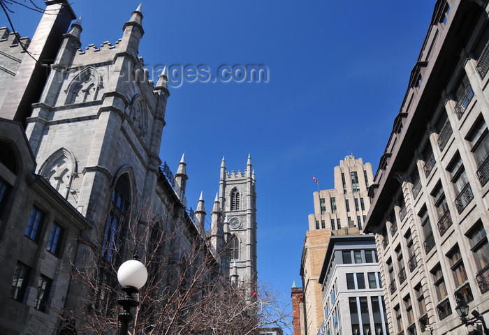 canada586: Montreal, Quebec, Canada: Notre-Dame basilica - Gothic Revival architecture by James O'Donnell - Rue St-Sulpice, looking west towards Place d'Armes - Vieux-Montréal - photo by M.Torres - (c) Travel-Images.com - Stock Photography agency - Image Bank