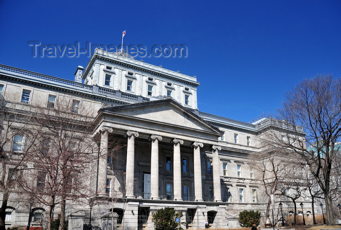 canada598: Montreal, Quebec, Canada: old Palace of Justice - old courthouse - Vieux palais de justice - Rue Notre Dame - Vieux-Montréal - photo by M.Torres - (c) Travel-Images.com - Stock Photography agency - Image Bank