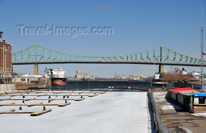 canada614: Montreal, Quebec, Canada: Jacques Cartier bridge crossing the Saint Lawrence River - steel truss cantilever bridge - seen from the Yacht Club de Montreal - Quai de l'Horloge - Vieux-Port - photo by M.Torres - (c) Travel-Images.com - Stock Photography agency - Image Bank