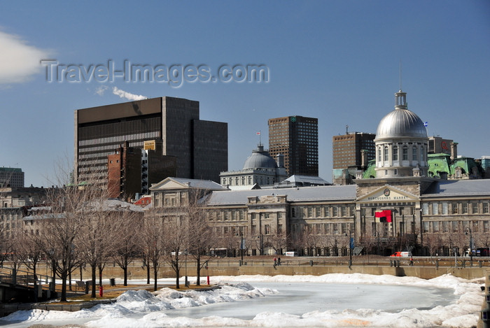 canada616: Montreal, Quebec, Canada: Bonsecours market and Palace of Justice - view from Bassin Bonsecours - Vieux-Montréal - photo by M.Torres - (c) Travel-Images.com - Stock Photography agency - Image Bank