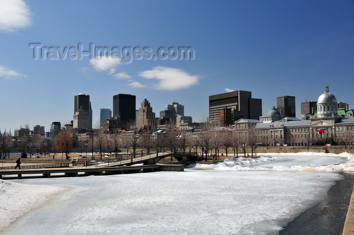 canada617: Montreal, Quebec, Canada: Promenade du Viex-Port from Bassin Bonsecours, with Rue de la Commune and the city skyline in the background - Vieux-Montréal - photo by M.Torres - (c) Travel-Images.com - Stock Photography agency - Image Bank