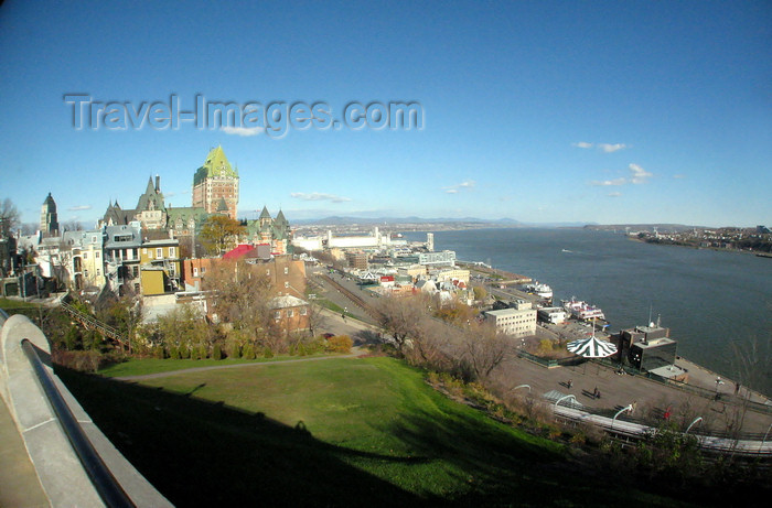 canada640: Quebec City, Quebec: cityscape and the the Saint Lawrence River - Château Frontenac - photo by B.Cain - (c) Travel-Images.com - Stock Photography agency - Image Bank
