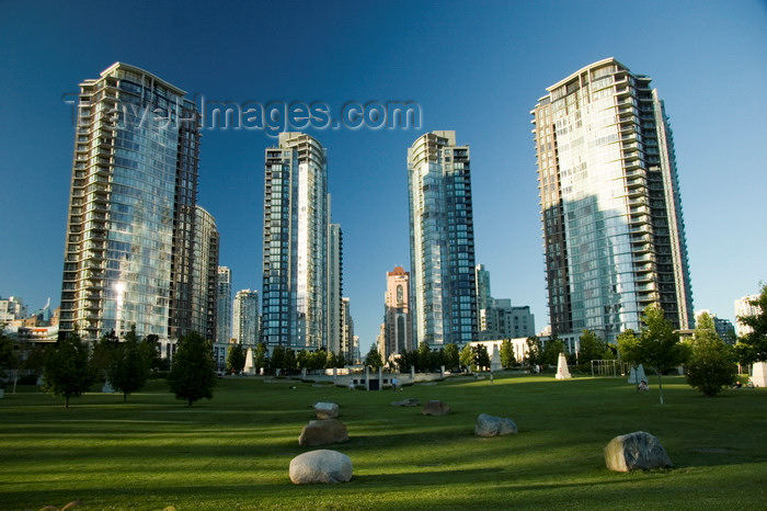 canada663: Vancouver, BC, Canada: False Creek condominium and waterfront development - photo by D.Smith - (c) Travel-Images.com - Stock Photography agency - Image Bank
