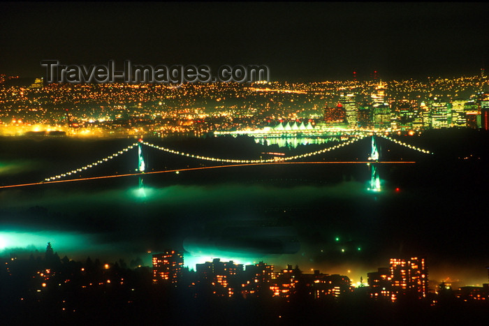 canada681: Vancouver, BC, Canada: aerial view of Lions Gate Bridge at night - suspension bridge crossing Burrard Inlet - First Narrows Bridge - skyline - photo by D.Smith - (c) Travel-Images.com - Stock Photography agency - Image Bank