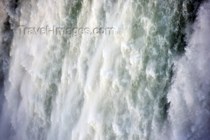 canada691: Niagara Falls, Ontario, Canada: Horseshoe Falls - 600.000 liters of water every second - photo by M.Torres - (c) Travel-Images.com - Stock Photography agency - Image Bank