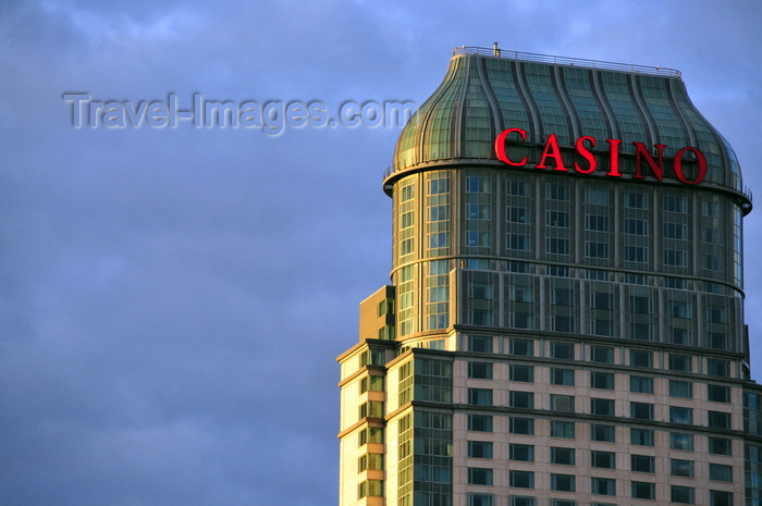 canada694: Niagara Falls, Ontario, Canada: Niagara Fallsview Casino Resort - Fallsview Boulevard - owned by the Ontario Lottery and Gaming Corporation - photo by M.Torres - (c) Travel-Images.com - Stock Photography agency - Image Bank