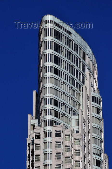 canada707: Toronto, Ontario, Canada: One King Street West - condo hotel - designed by Stanford Downey Architects, over the Dominion Bank Building - photo by M.Torres - (c) Travel-Images.com - Stock Photography agency - Image Bank