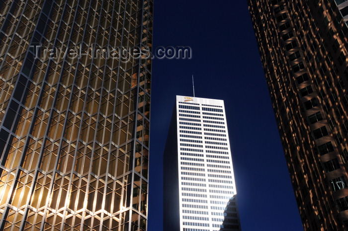 canada719: Toronto, Ontario, Canada: Royal Bank Plaza sends golden reflexes to TD Canada Trust Tower - Brookfield Place - Commerce Court West in between - photo by M.Torres - (c) Travel-Images.com - Stock Photography agency - Image Bank