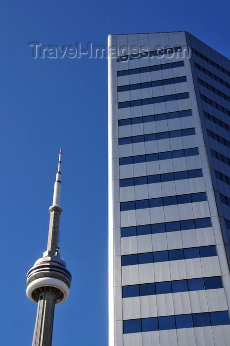 canada730: Toronto, Ontario, Canada: CN Tower and Citibank Place - designed by John B. Parkin Associates - Front Street West - photo by M.Torres - (c) Travel-Images.com - Stock Photography agency - Image Bank