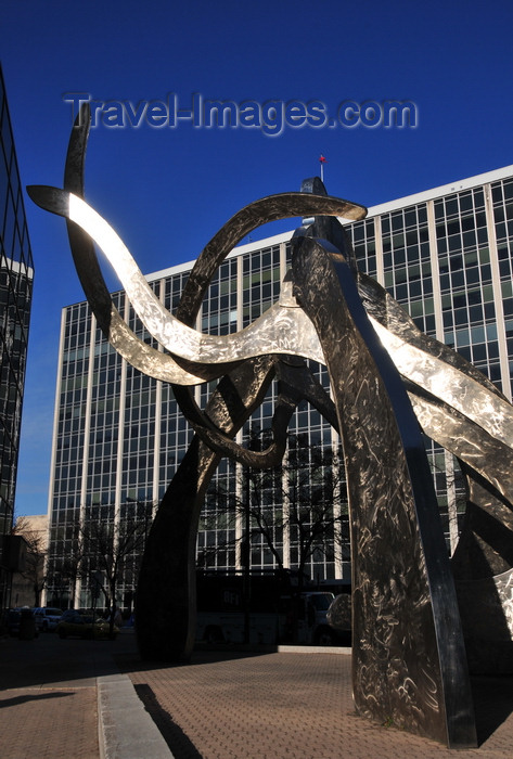 canada785: Winnipeg, Manitoba, Canada: 'Justice' - stainless steel sculpture by Gordon Reeve - Kennedy Street corner York avenue - Norquay Building- late 60's modernism - architects Green, Blankstein, Russell Associates - photo by M.Torres - (c) Travel-Images.com - Stock Photography agency - Image Bank