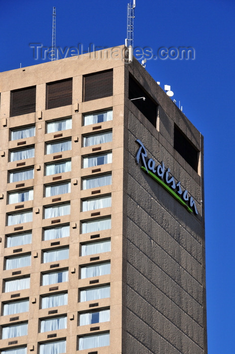 canada793: Winnipeg, Manitoba, Canada: Radisson Winnipeg - Portage Avenue - Number TEN architects - formerly the Northstar Inn and the Delta - Fort Rouge - City Centre - photo by M.Torres - (c) Travel-Images.com - Stock Photography agency - Image Bank